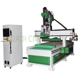 Centro de traballo da madeira Máquina CNC ATC